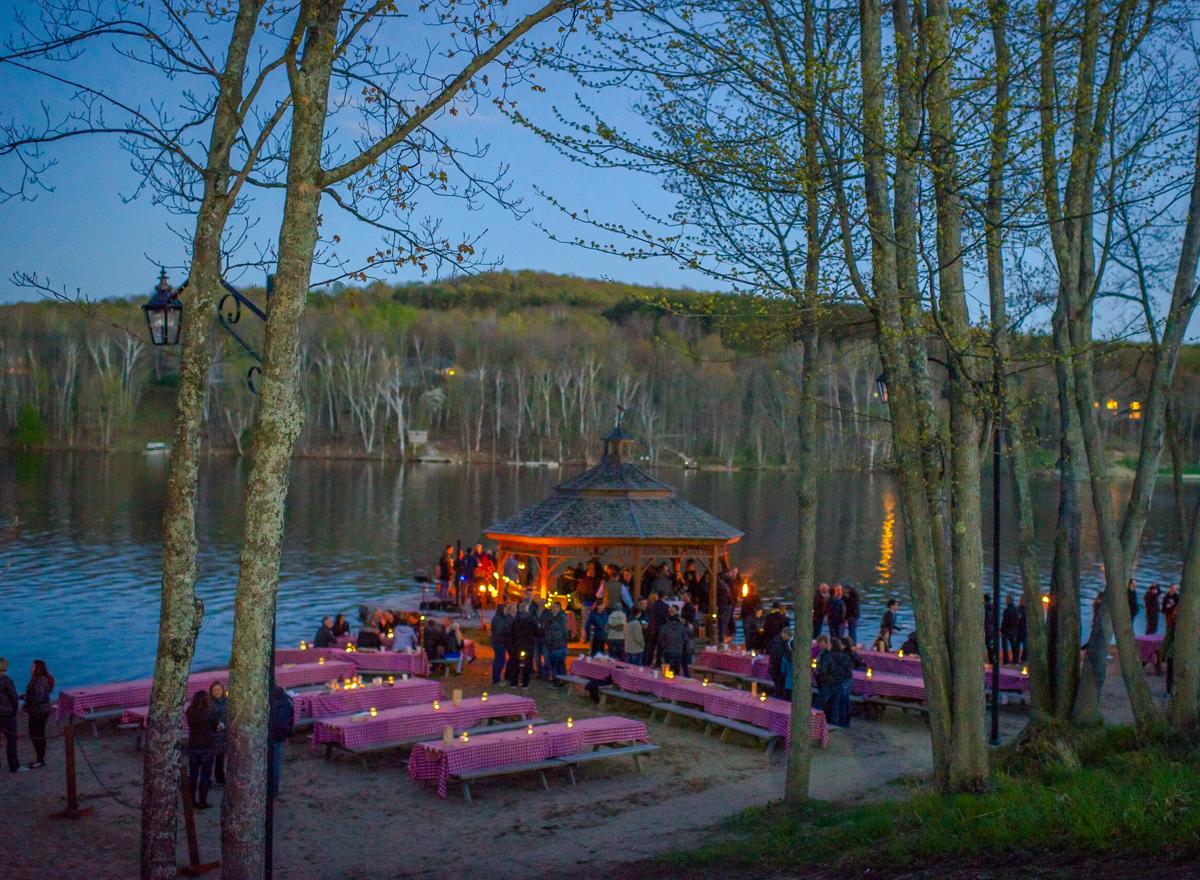 Direct Sales Canada >> - Deerhurst Resort - Muskoka