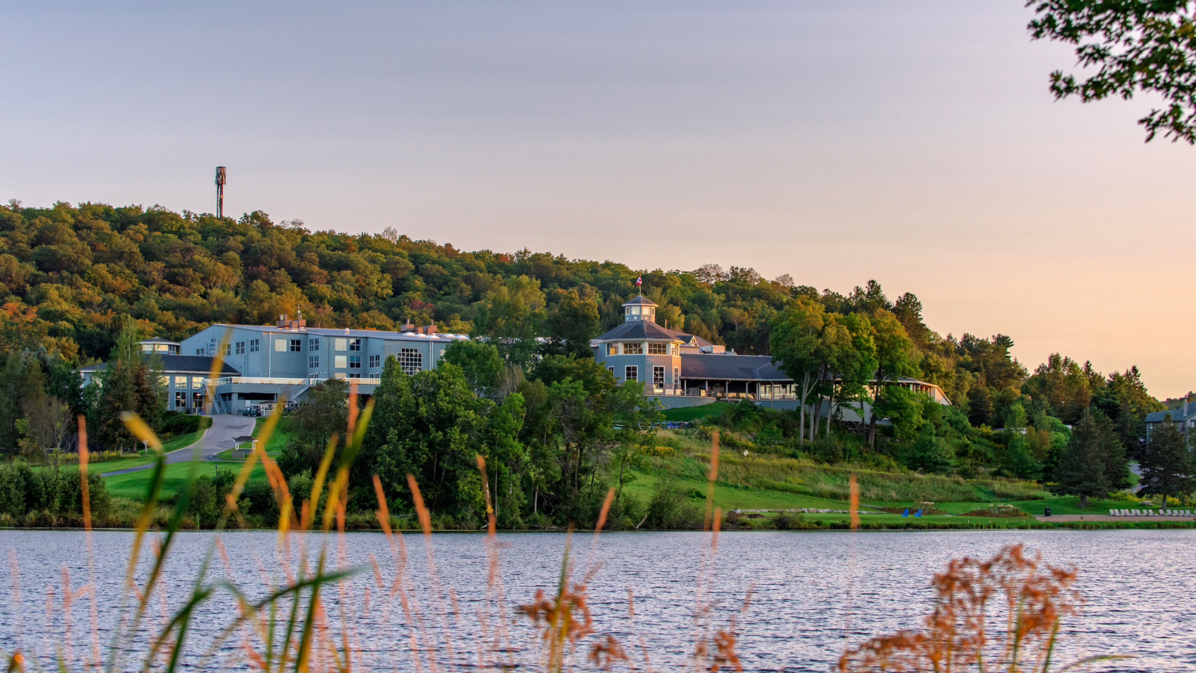 Deerhurst Resort Deals - Muskoka Vacation and Conference Retreat