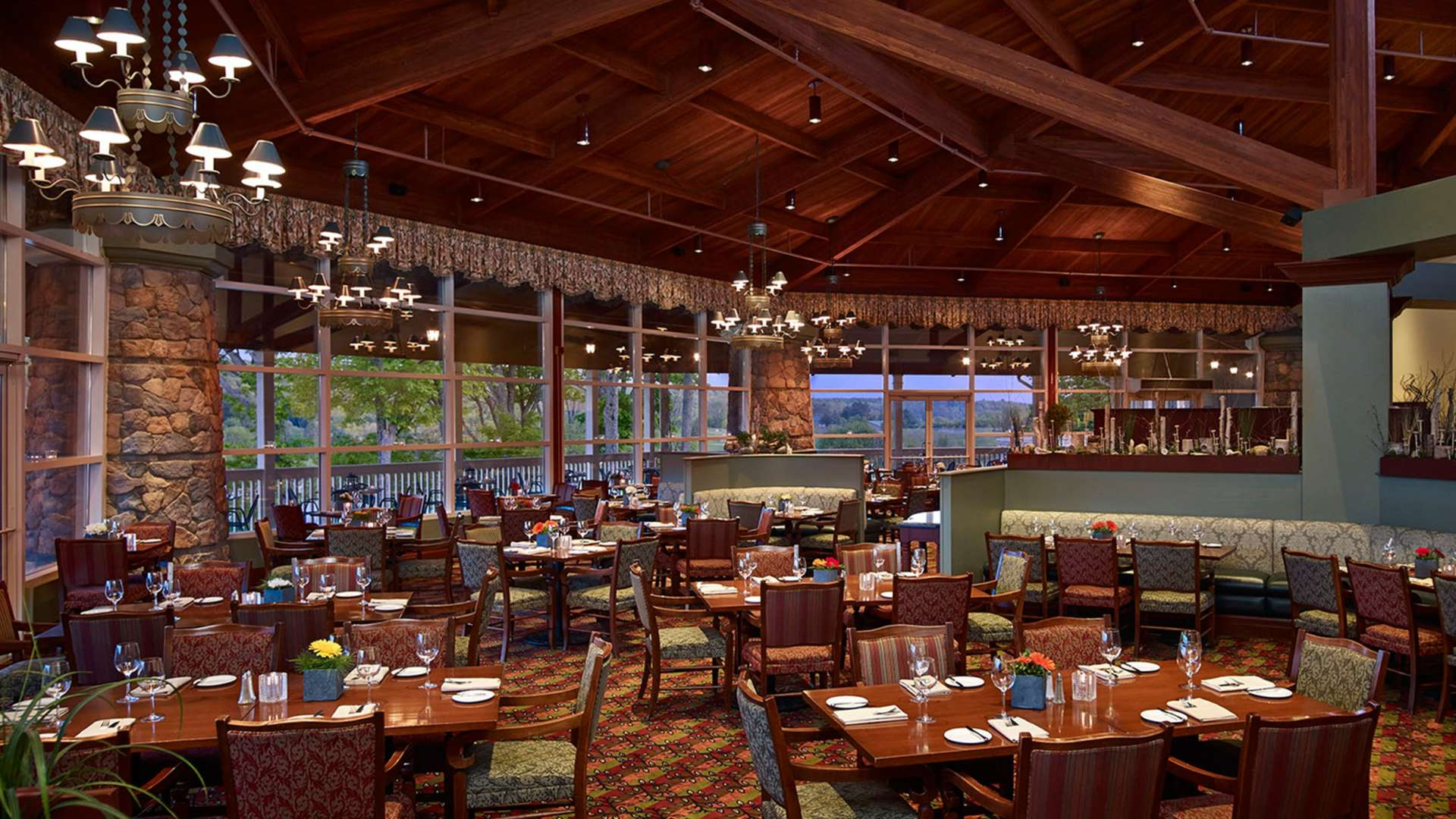 Eclipse group dining venue