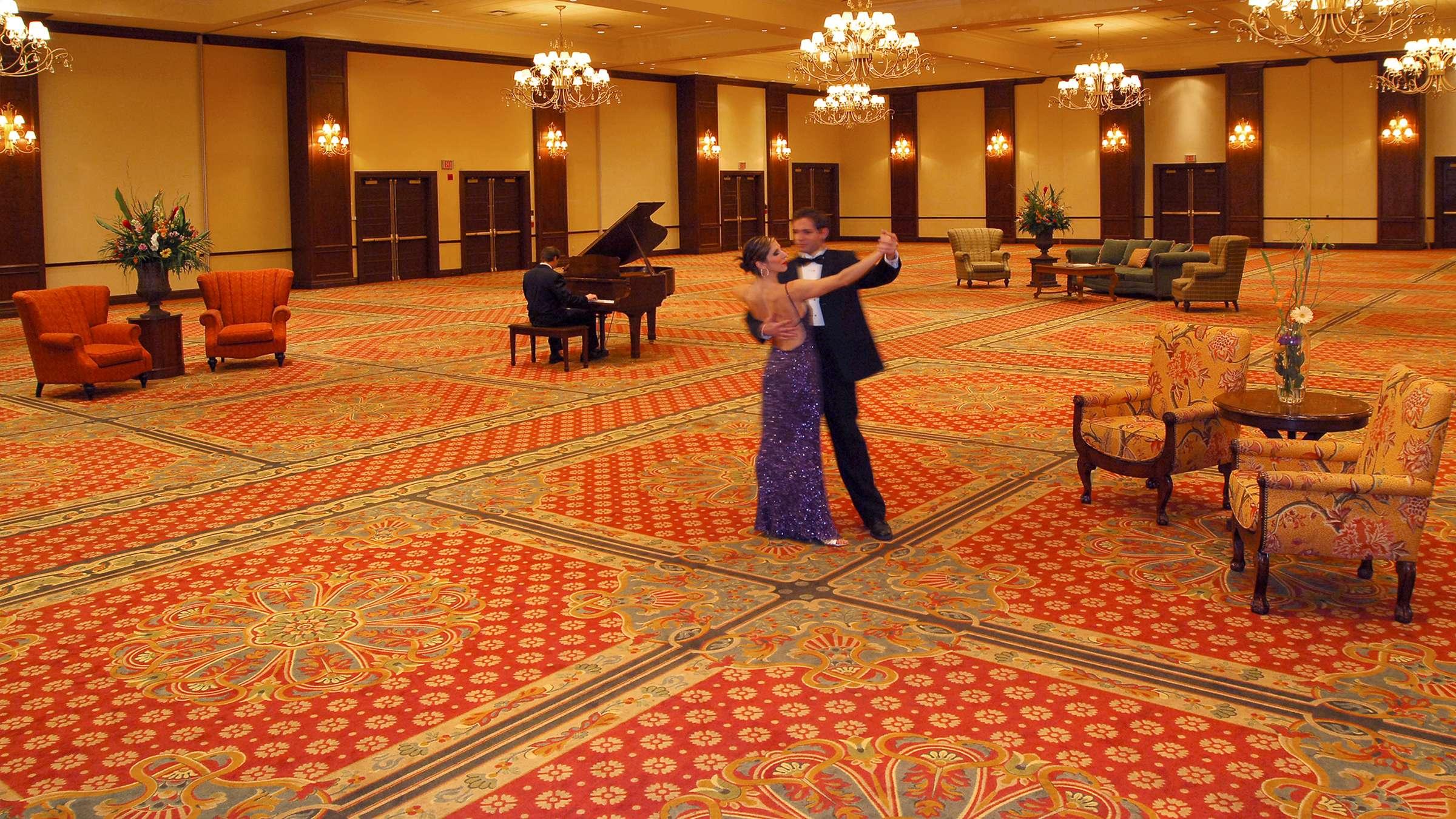 Waterhouse Ballroom at Deerhurst Resort