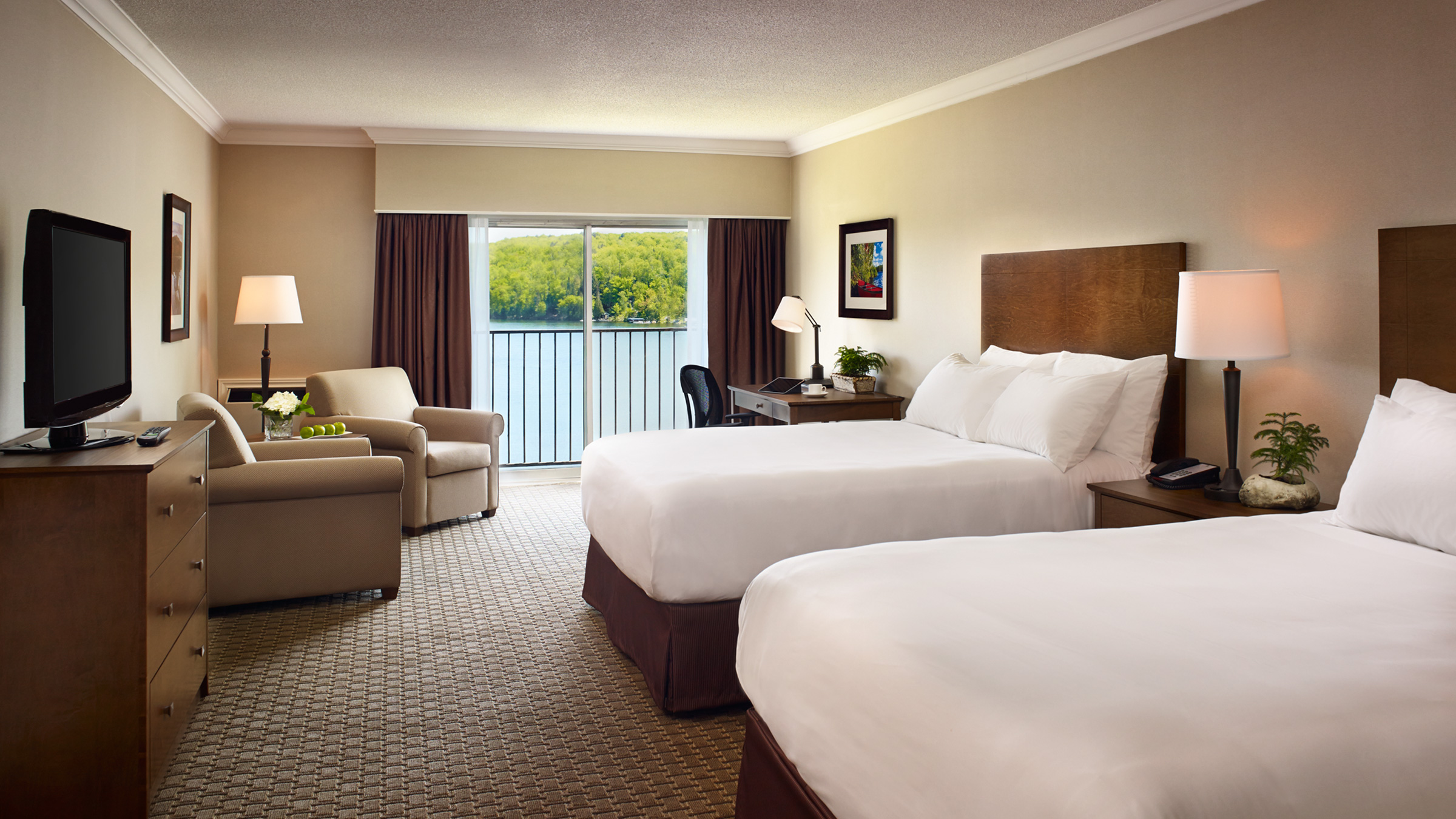 Accommodation Lakeside Rooms Deerhurst Resort Muskoka
