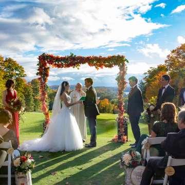 Six Ways to Make Your Wedding More Muskoka