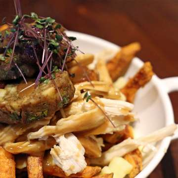 The Ultimate Christmas Poutine